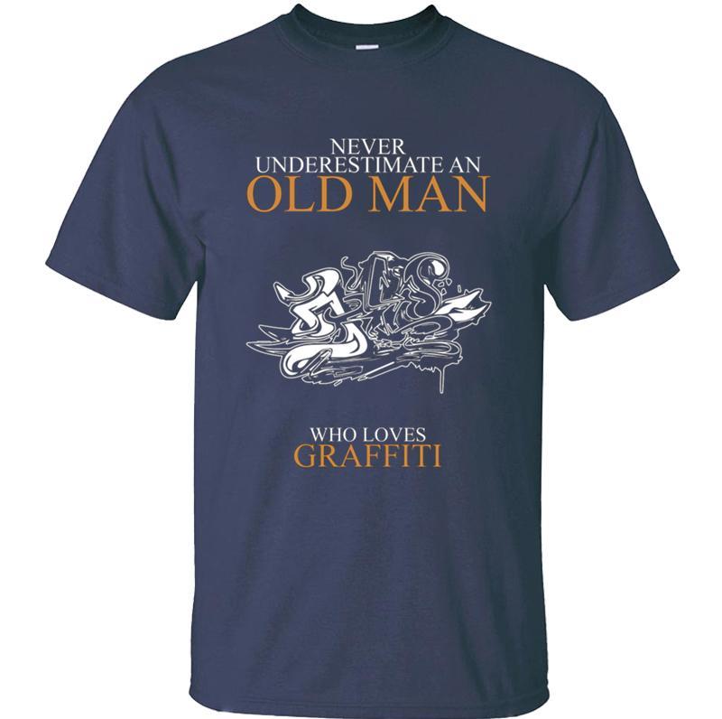 Design Melhor Nunca subestime uma camiseta de idade homem GRAFFITI para homens senhores normais do sexo feminino t-shirts em torno do pescoço Unisex hip hop