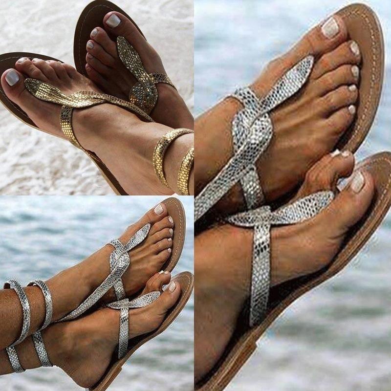 Desejo estilo quente de verão 2020 na Europa e as novas sandálias serpentina grandes estaleiros para sapatos femininos