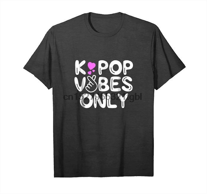 K Pop vibe'lar Sadece Tişörtlü Kore Merchandise Boy Band Hediye Unisex T-Shirt alın