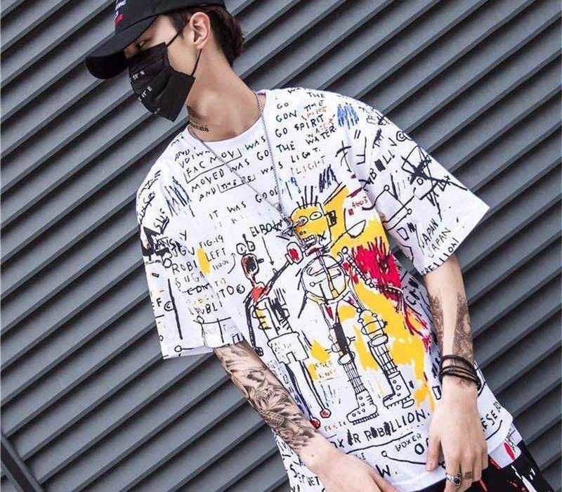 Männer Hip-Hop-loser T-Shirt 2020 Sommer Halbarm-T-Shirt T-Shirt beiläufiges Street Mode Cartoon Graffiti-Druck-T-Shirts male1