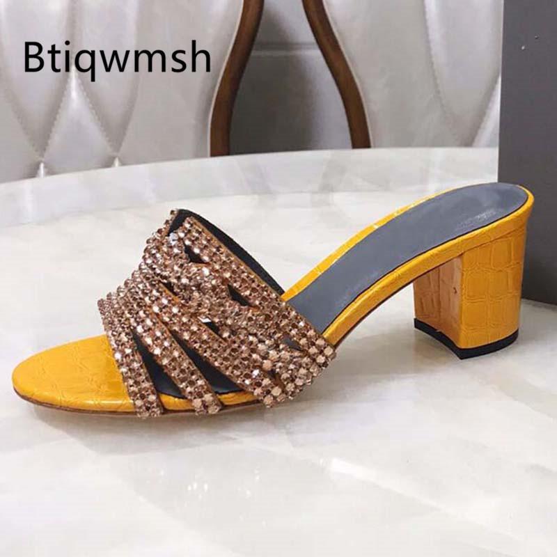 2020 Luxury Design strass Sandali donna Open Toe di cristallo perle catena Chunky alto calza il pistone della donna sexy scarpe da sposa
