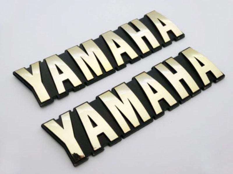 Motorrad 3D ABS 125mm Brenngas-Behälter-Abzeichen-Emblem-Abziehbild-Aufkleber für Yamaha Set