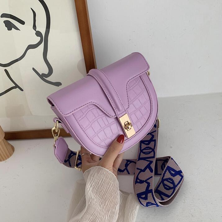 Ins Saddle Bag Designer Mulheres Bolsas de Ombro ombro largo Straps pequeno Crossbody Moda irmã Travel Bag