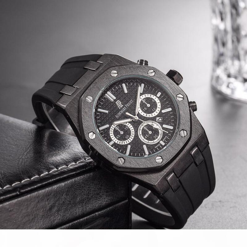 Cores Mens Moda Watch Royal Oak Luxury Designer diamante para fora congelado relógios de quartzo ap Partido do Movimento Bling aço inoxidável relógio de pulso sd19