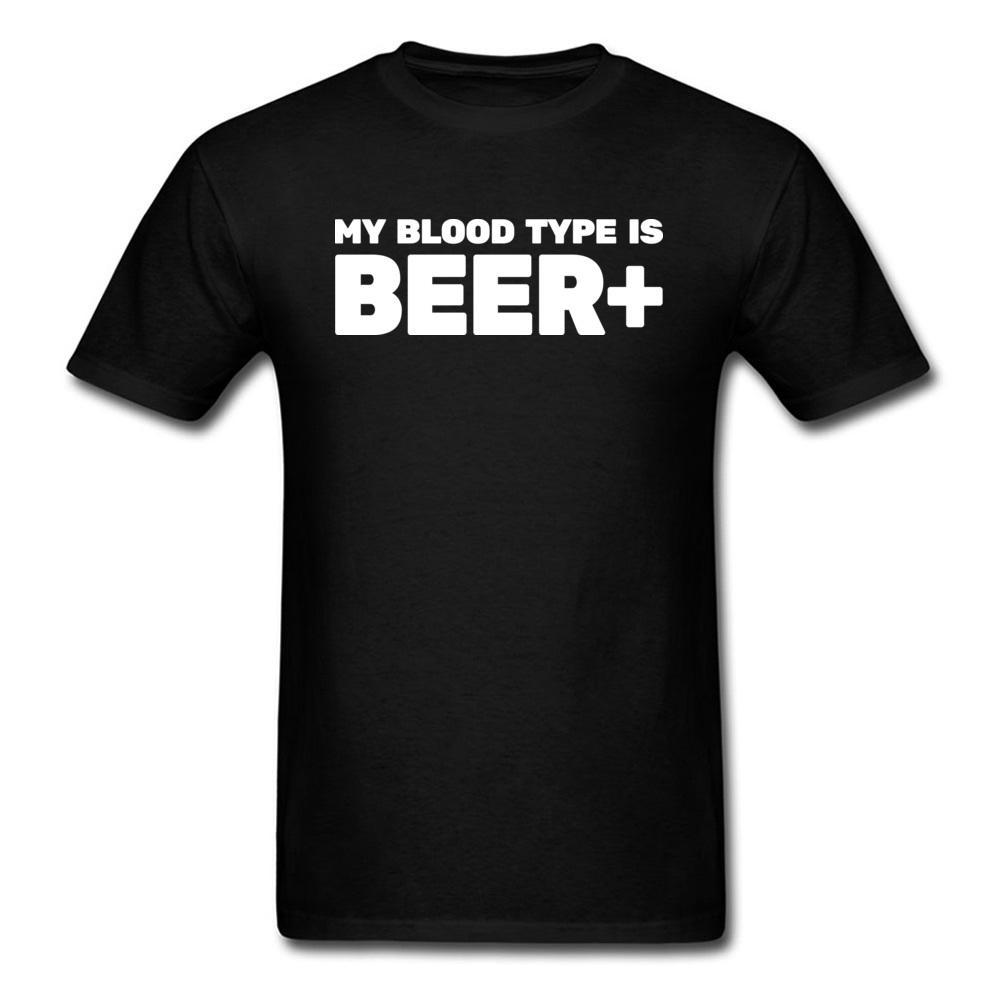 Camisetas Homens T-shirt Dizer engraçado Meu tipo de sangue é a cerveja + camisetas Carta Imprimir Black White Tops T adultos Cotton frete grátis
