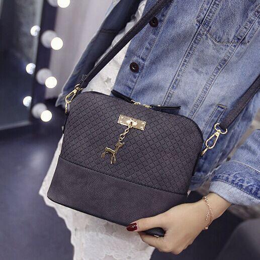 2020 Женщины сумка сумки моды сумка с Deer игрушки Shell Форма девушки плеча Crossbody Сумки Роскошные сумки конструктора