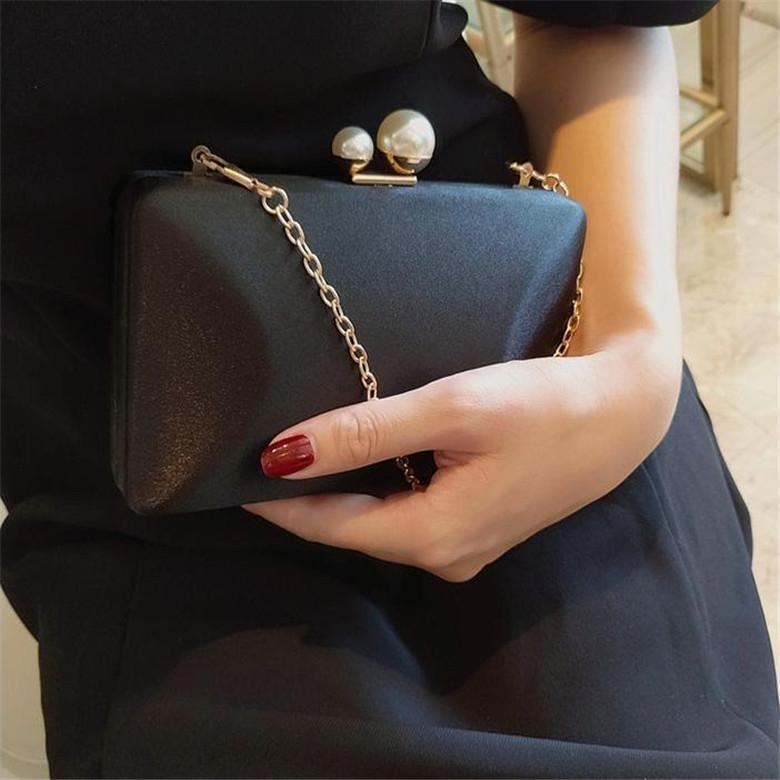 New pearl ins silk dinner black Hand small square hand small square bag crossbody women's bag chain banquet