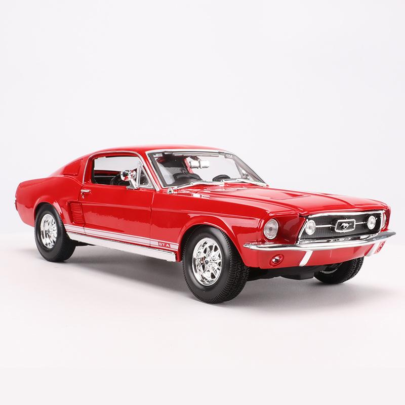 Maisto 1:18 alloy car simulation toy 1967 Ford Mustang GT muscle car model Decoration gifts