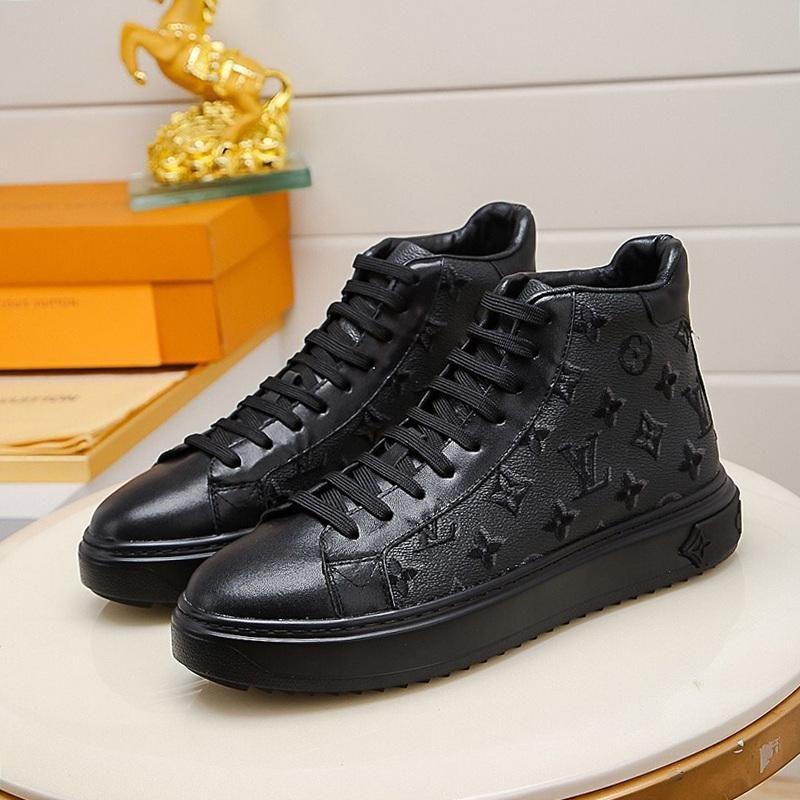 Zapatos casuales para hombre del tobillo tatuaje de la zapatilla de deporte para hombre Botas de los zapatos de cuero del tamaño grande Chaussures Pour Moda Botas L796 con la caja original Hommes lujo