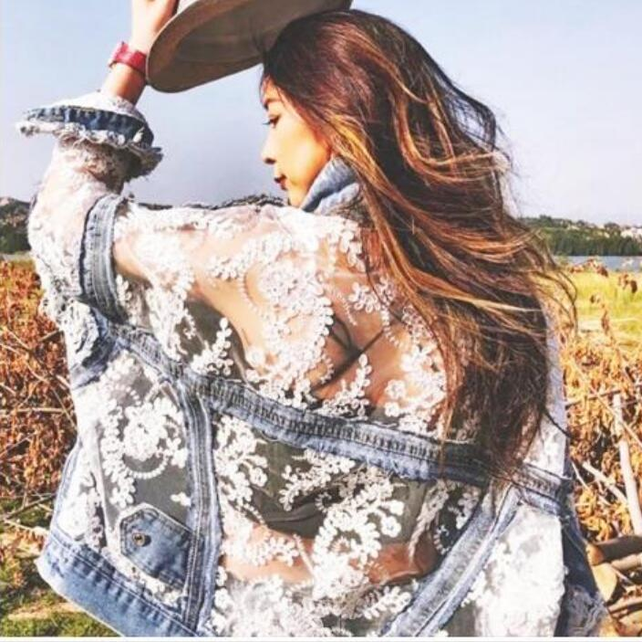2020 Новое прибытие женщин куртки пальто Lace Mesh Вышивка Лоскутная Джинсовая куртка весна-лето Сыпучие Hole Harajuku Женщины Верхняя одежда
