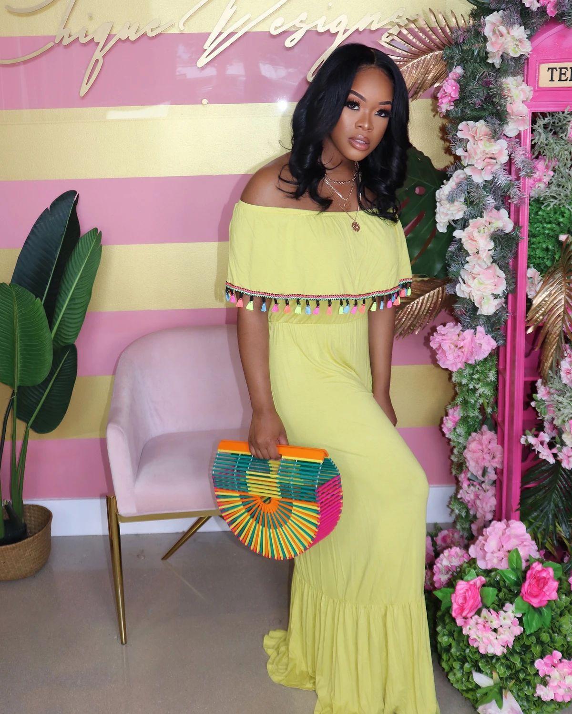 Tassel Ruffle Femmes Designer Robes d'été Slash cou couleur unie robe vente chaude en vrac Vêtements décontractés de vacances