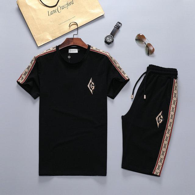 Erkek 2020 Lüks Tasarımcı T Gömlek Tişört Moda Erkek Tasarımcısı T Shirt Kadınlar Giyim Casual Medusa Erkekler Eşofman sweatsuits Koşu