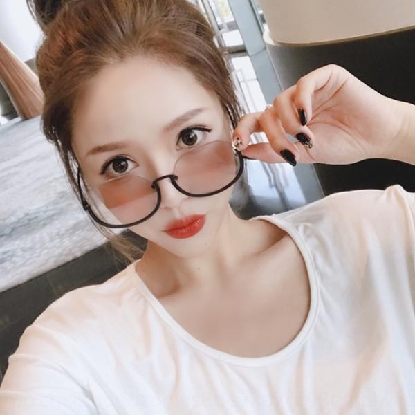 mode style coréen des femmes gm2019 Lunettes de soleil Internet de lunettes de soleil de visage rouge nouveau grand coup UV rond rue protection stars 2ND3K
