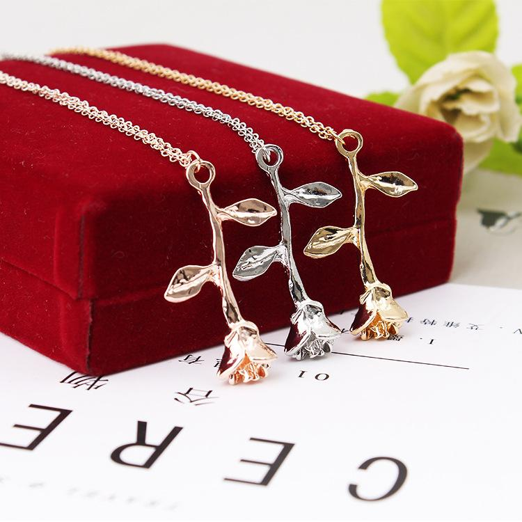 Beautiful Delicate Rose Flowers Women Pendant Necklaces New Alloy Female Jewelry Necklaces Accessories Gold/Silver/Rose Gold