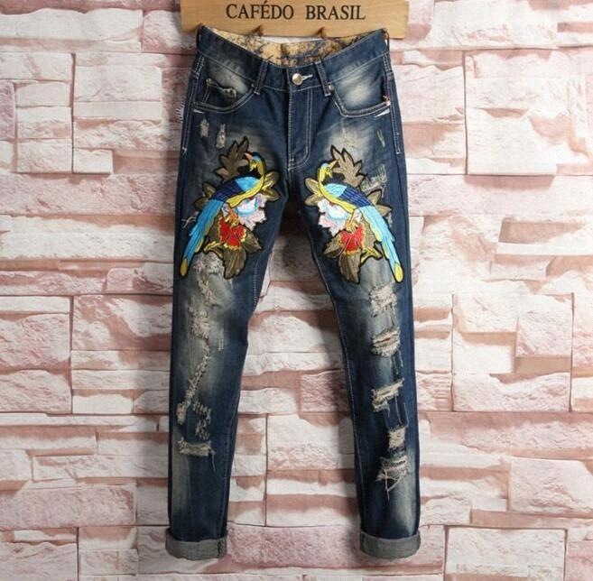 Ricami floreali Tiger stampa dell'uccello Mens di disegno jeans strappati denim sottile dei pantaloni della matita Hommes blu diritto motociclista Jeans pantaloni lunghi CgkN #