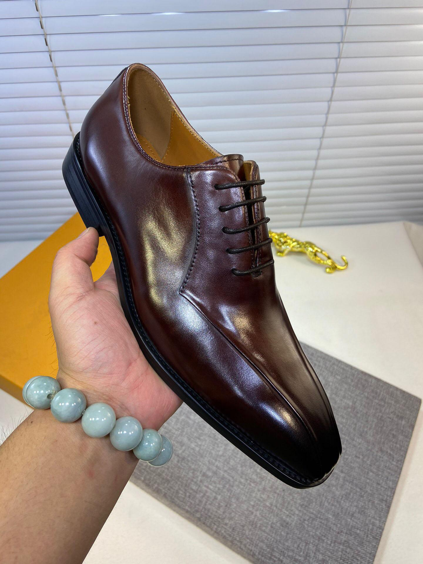 2020 Erkekler Örgün Düğün Gerçek Deri Elbise Ayakkabı Brogue İş Ofis Katları Marka Tasarımcı Oxfords Boyut 38-44