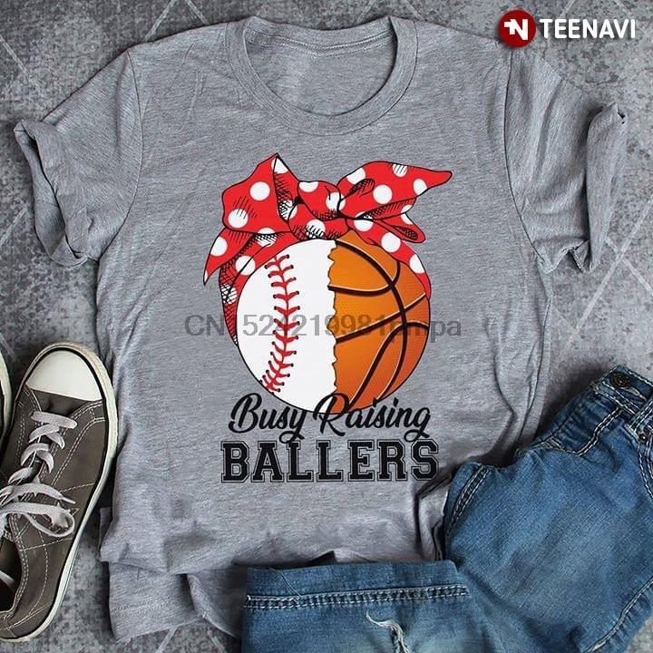 tshirts homens Camiseta beisebol e basquete Busy Raising Ballers Mulheres