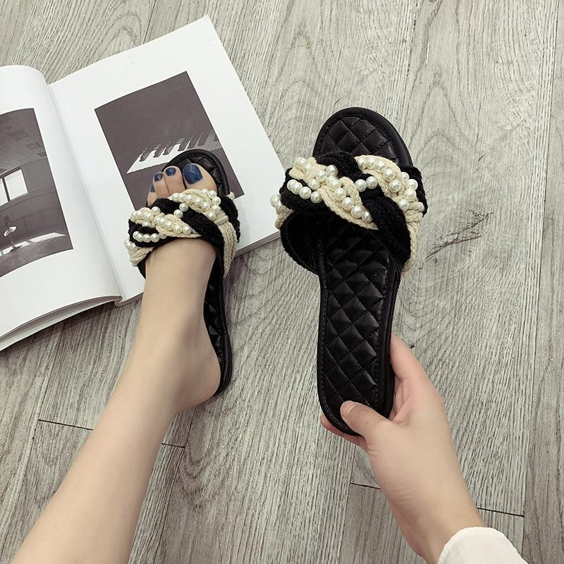 Palha corda torcida chinelos pérola novo fundo plano sandálias rhombic preto uma linha aberta toe da senhora no verão 2020