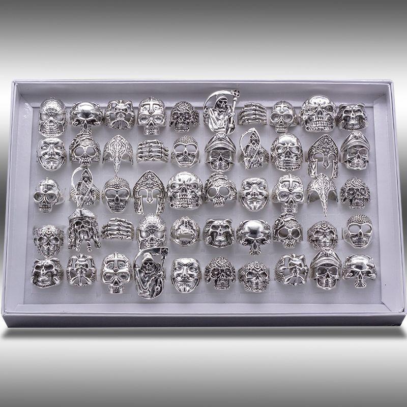 شحن مجاني مختلط 20 قطع أعلى جودة القوطية الشرير متنوعة بالجملة الكثير الجمجمة نمط السائقون الرجال خواتم التبتية خمر