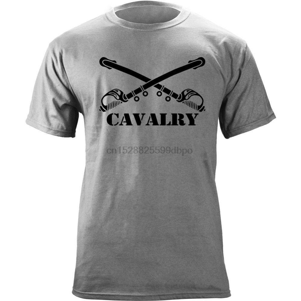 2020 Nova marca de moda T Shirt Logo Us Army ramo da cavalaria insígnias Veterano Sabres gráfico Hip Hop Tops T Shirt