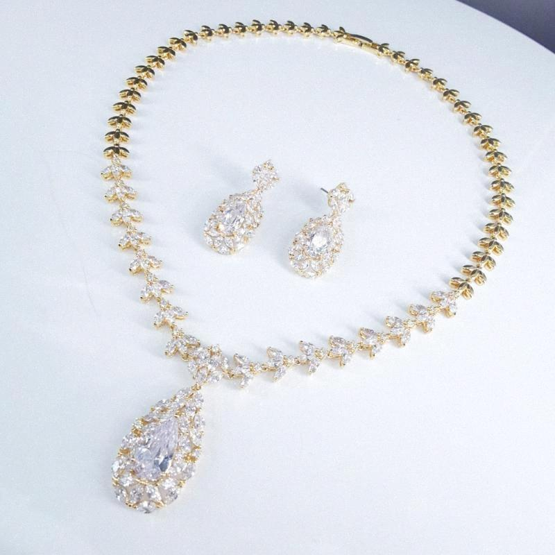 2020 2020 New Fashion Retro Crystal Zircon GOLDEN Necklace Earrings,Wedding Bride Dinner Party Dress Jewelry From Chuancai, $55.79 | D lGTS#