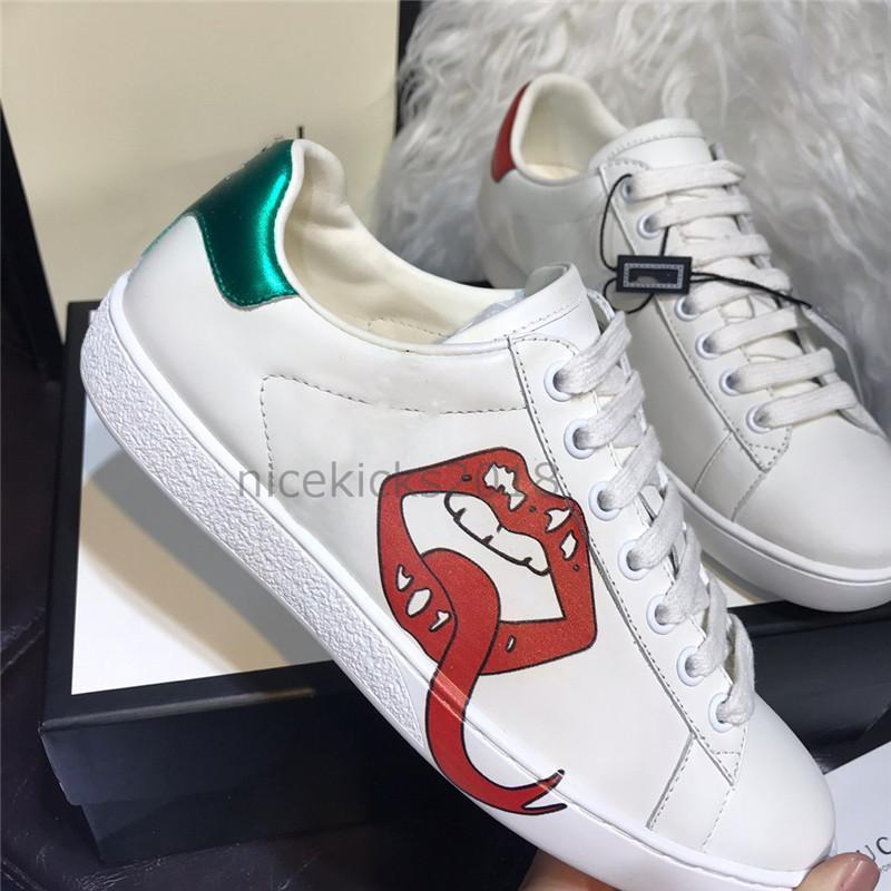 New Designer de Luxo Homens Mulheres Sapatilha Casual Cats morango Ace Abelha Listras Andar calçado desportivo Formadores Chaussures Pour Hommes