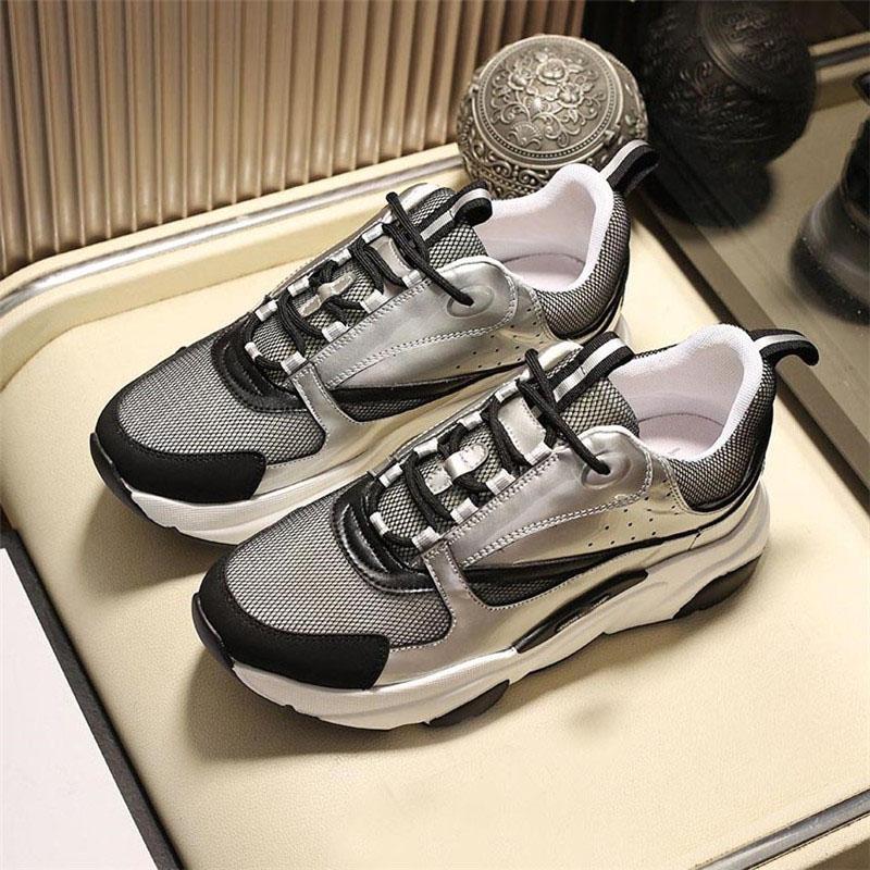 2021 الرجال النساء عارضة الأحذية قماش العجل العجل الجري الأحذية مصمم نمط حذاء رياضة العلامة التجارية منحرف الأبيض التقنية متماسكة الرجعية المرقعة المدرب