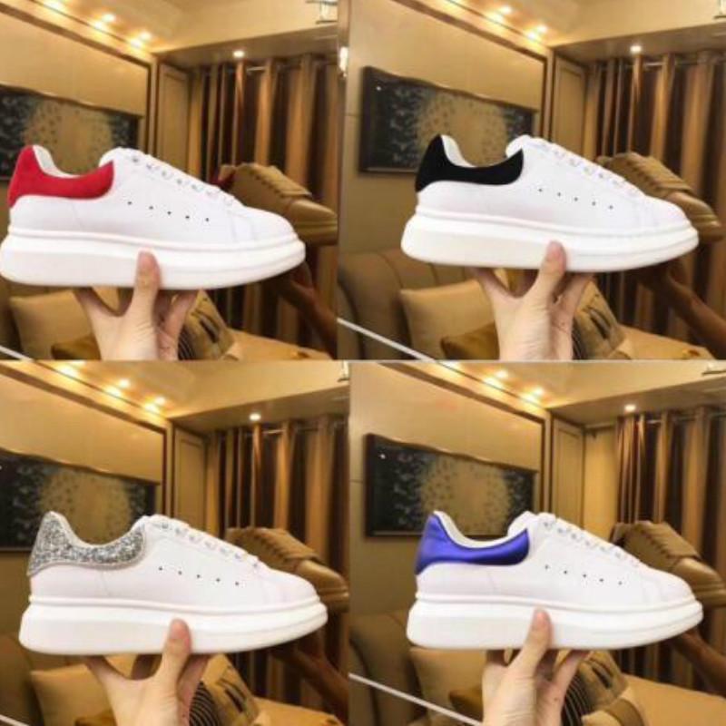 2019 sapatos de veludo preta das mulheres dos homens bonito Platform Casual Sneakers Designers Luxo Sapatos de couro Cores sólidas Sapatos A11