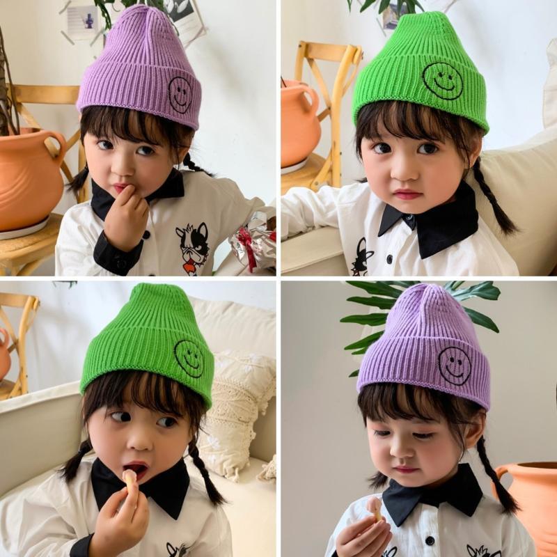 0-4 Dimensioni anni libero lavorato a maglia Beanie del bambino del bambino di colore solido calda dei cappelli autunno inverno delle ragazze dei ragazzi dei bambini Filati Hat KF662