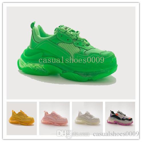 sapato Papai homens sapatos de grife e mulheres casais de lazer nova moda Paris 17FW Triple S Sapatilhas retros alta qualidade sapatos de cristal de fundo