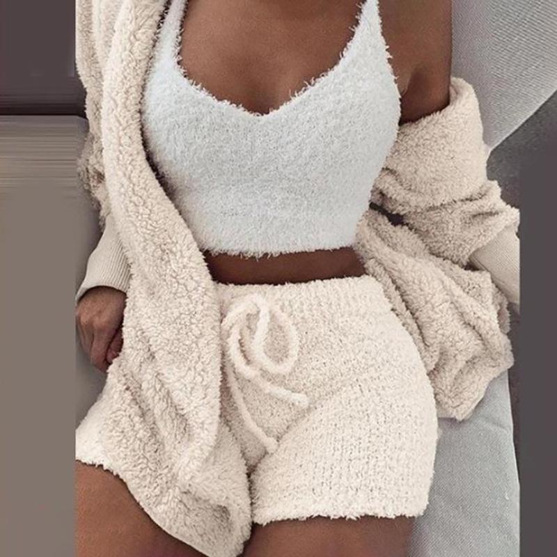 Kış Peluş Casual Yatak Hırka Bluz Kısa Pantolon Vest Sleeping Kadınlar Polyester Ev Pijama Üç parçalı Seti Yumuşak Seksi