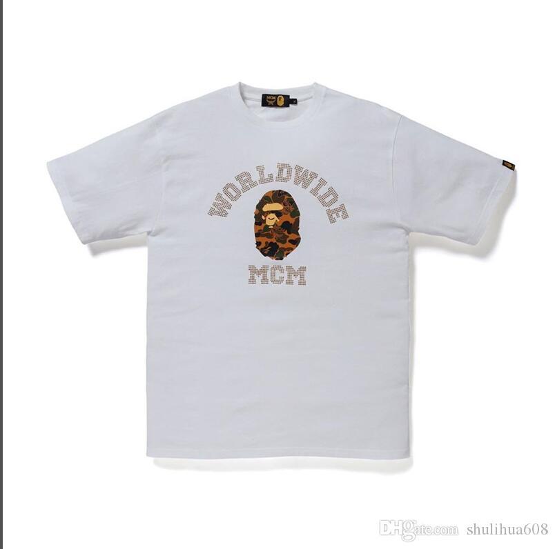 2020 Hommes designers T-shirts Streetwear Fashion Designers Hommes Vêtements d'été Casual designers T-shirt Rivet mélange de coton-019