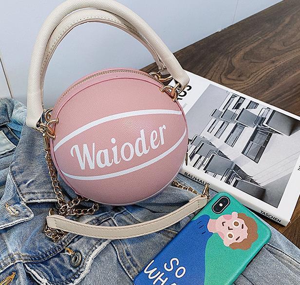 Designer Handbag Um ombro Bag Female Foreign 2020 de Moda de Nova Bandoleira Sacos Basketball forma de bolsa Best Selling