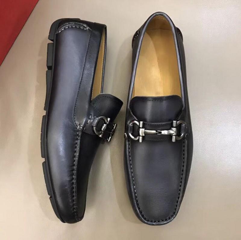 Luxury Handmade shoe men British peas shoes fashion metal button wedding Shoes Men Non-slip Driving shoe Mens loafers size 38-44