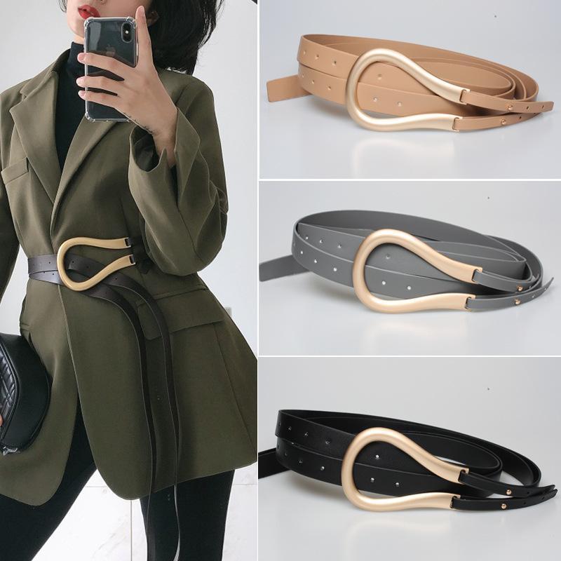 Mode féminine Or Ceintures en Métal Curved Grande Boucle en fer à cheval U Microfibre cuir double ceinture pour manteau Robe pull ps0582