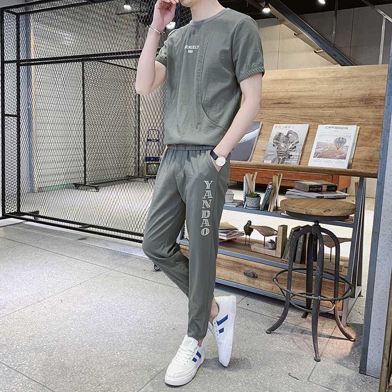 2020 Tuta sportiva Estate chiffon Tute Progettato Girocollo T-shirt a maniche corte Uomo Men Casual Cotton Tuta