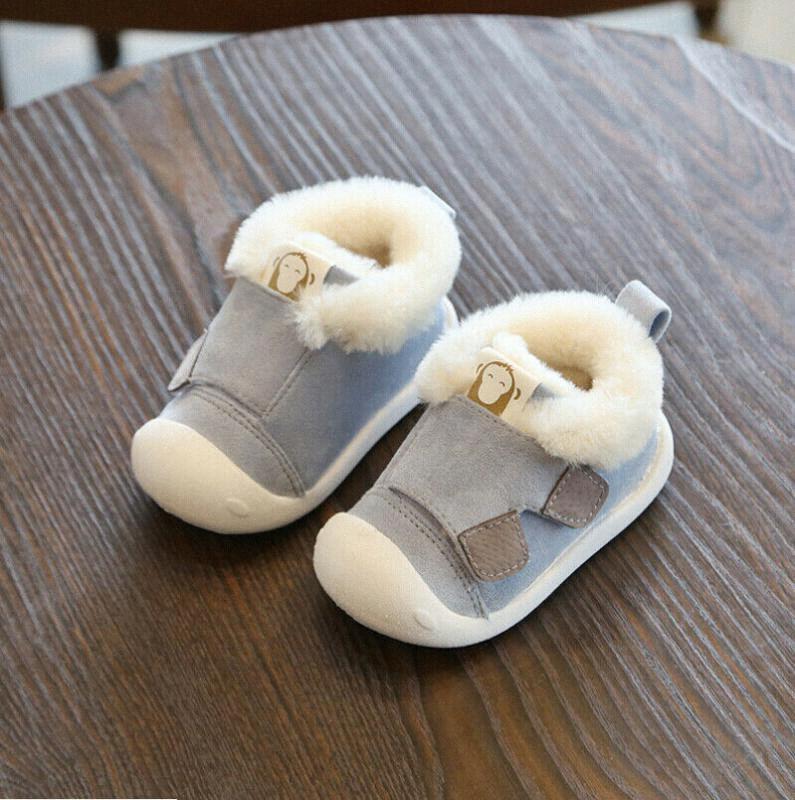 Bébé enfant en bas âge Garçons Filles Chaussures solides à semelle souple en coton Neige Automne Hiver Chaussures Crib chaud First Walkers 56OK n