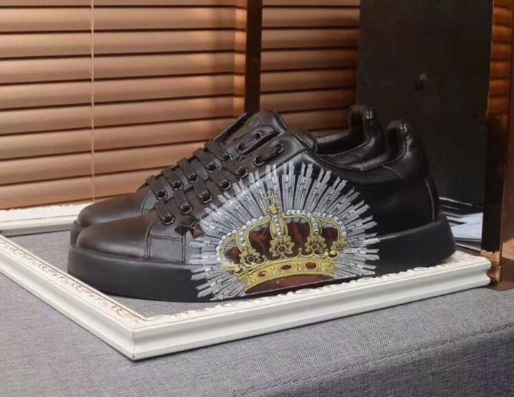 2019High-end métal personnalisé pointes cloutés chaussures de sport nouvelles pour les hommes et les femmes chaussures de sport bas top avec fond mou, la taille en cuir véritable: 38-44
