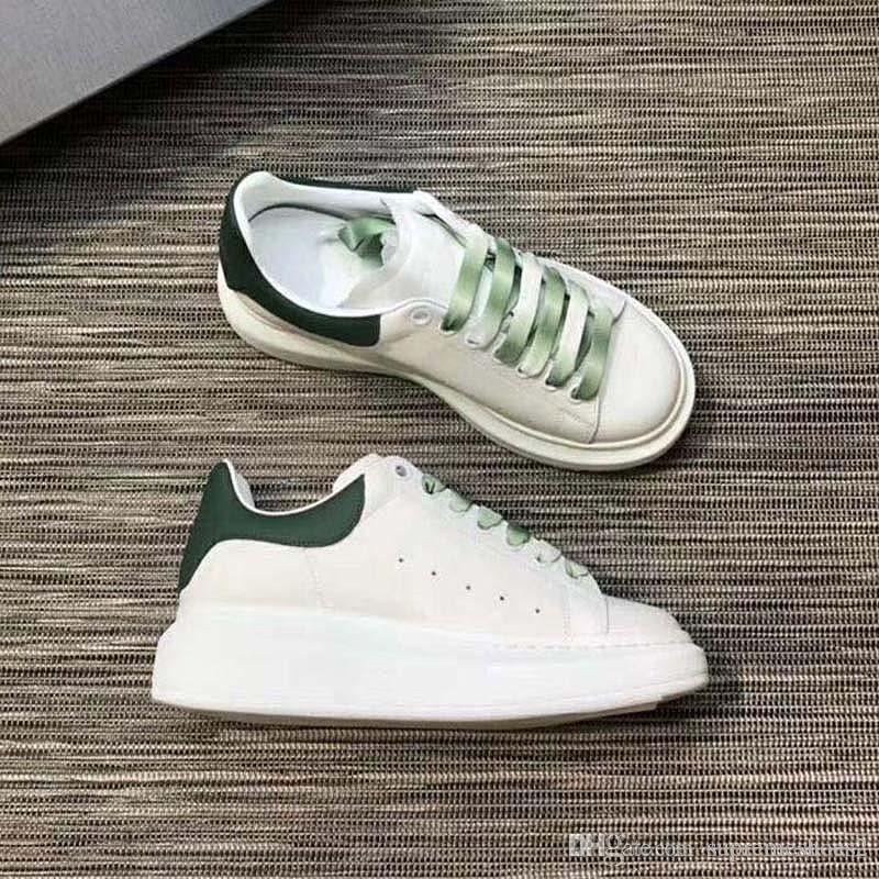 Nouvelle arrivée surdimensionnée Sneaker femmes des hommes Chaussures en cuir blanc Chaussures de sport de qualité supérieure formateur dentelle dégradé Chaussures Casual G77