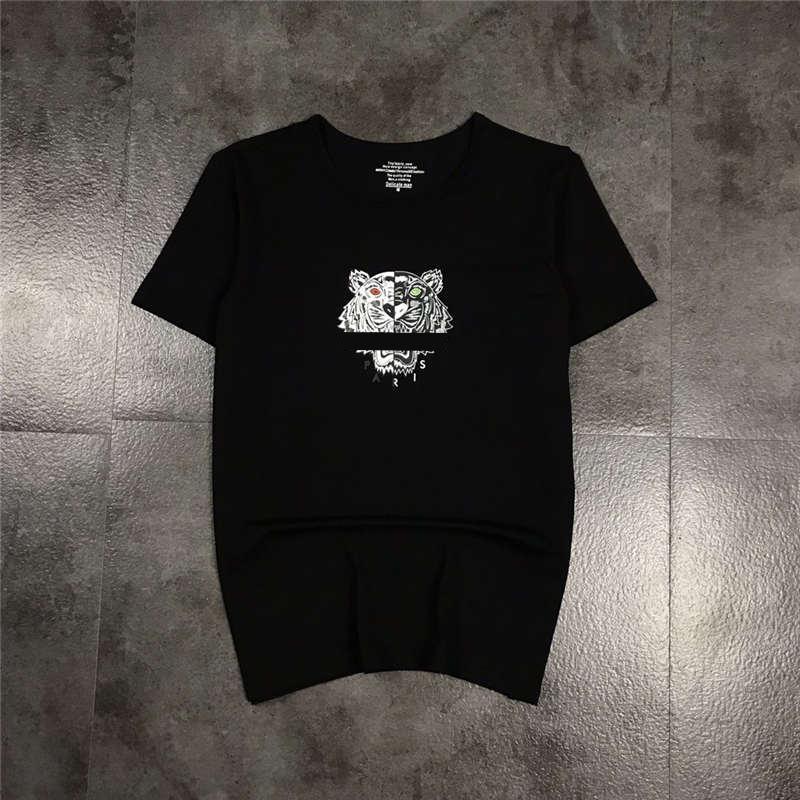 Mens Shirt T Fashion Designer Tees Top traspirante sciolto Pantaloncini Maniche Holo Out Lettera Stampa magliette delle parti superiori di abbigliamento estivo