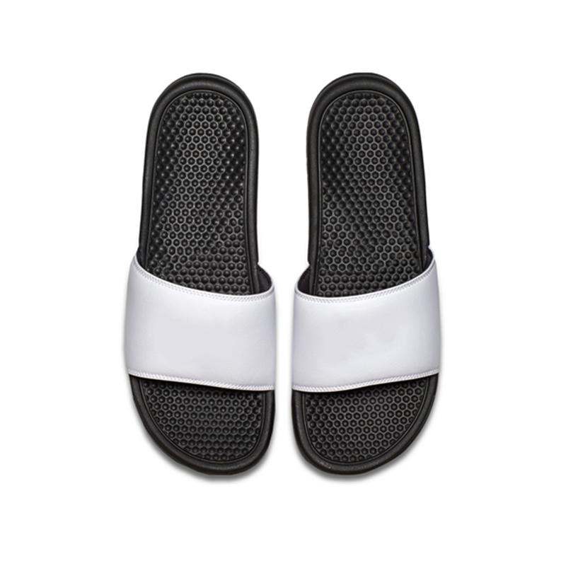 2019 Männer Frauen Designer Pantoffeln BENASSI schwarz weiß rot gestreifte Sandalen kausalen Anti-Rutsch-Sommer Pantoffeln Flip-Flops Slipper Größe 36-45 CS03