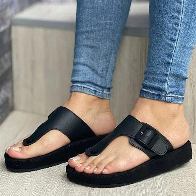 2020 Новые сандалии женщин Вьетнамки летней моды Твердые пряжки Женщины Квартиры Обувь Комфорт Повседневный Бич Плюс Размер дамы сандалии 43