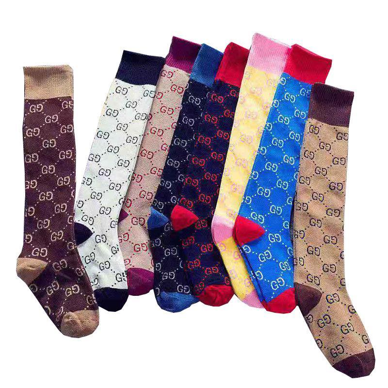 2020 G classique EVENT coton Bas Chaussettes femmes Italie Marques Vintage fil Sock Moyen Bas Designer Téléphone Case Médias Chaussette