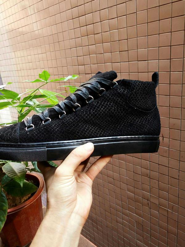 Elegante alta-top sapatos femininos, de couro Homens de Patentes Trainers Flats Red inferior da sapatilha Casual Walking Shoes 41-46