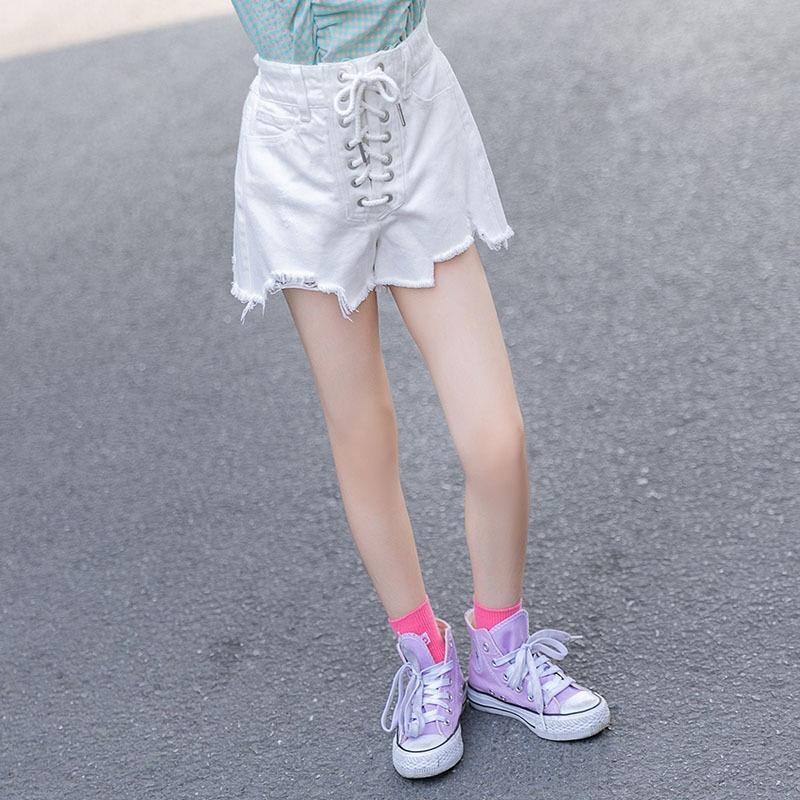 Niñas entre padres e hijos pantalones cortos 2020 nueva playa de estilo occidental estilo coreano y pantalones cortos y pantalones vaqueros de la manera pantalones calientes