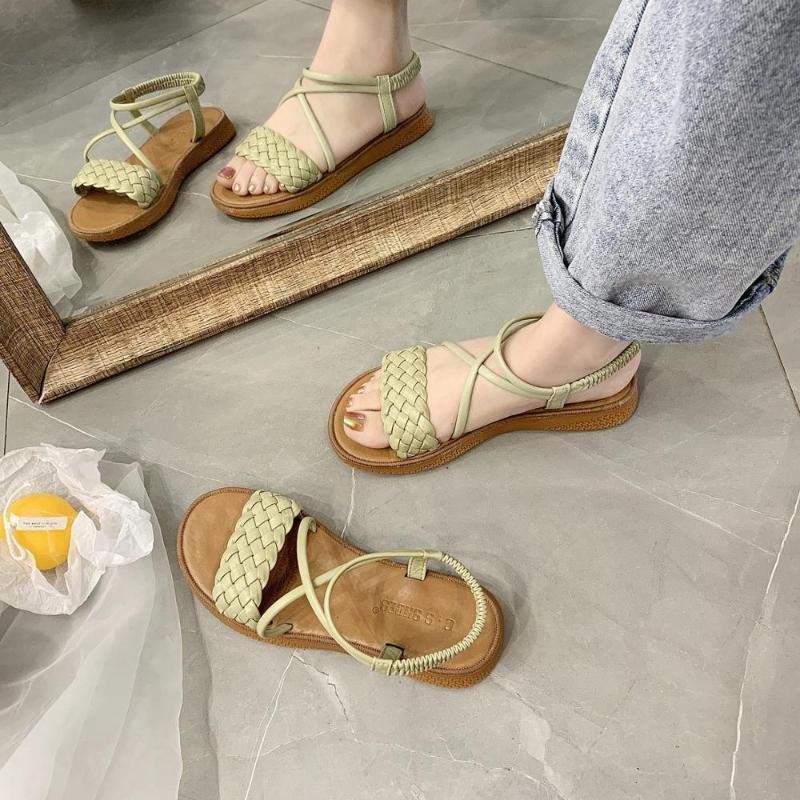 Salto Roman sandálias de tiras respirável All-Jogo 2020 das mulheres claras Shoes Terno Feminino Bege Gladiator Sandals Mulheres