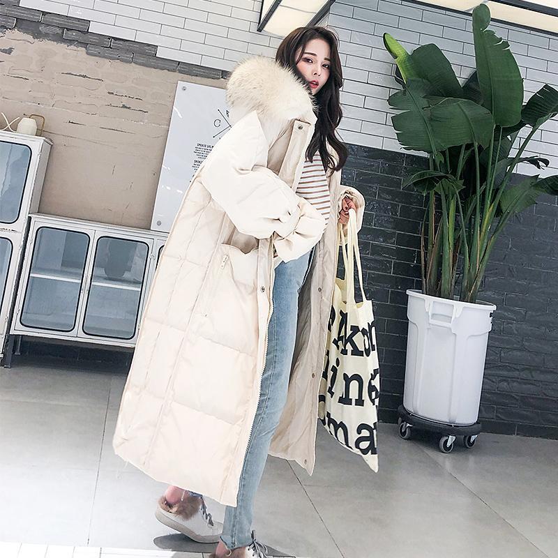 Femmes Veste pour femme en tissu 2020 coréenne de canard blanc Manteau Femme en fausse fourrure à capuchon X-Long Parkas femmes Manteaux 01