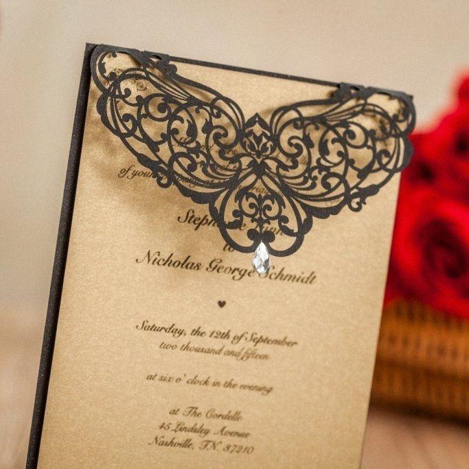 WISHMADE Laser Cut Wedding Invitatons Kit con strass nero Birthday Cards favori di partito con buste e anelli di tenuta LA825 yelK #