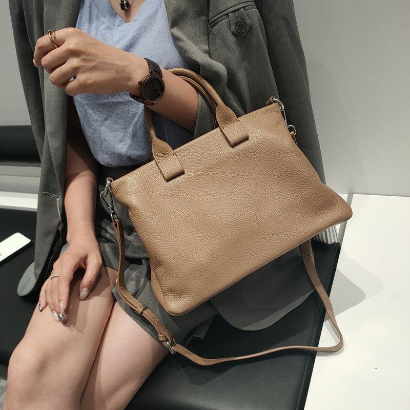 Per alti designer naturale qualità bilancia morbida ufficio ufficio 2021 manager cuoio carte da donna valigette bowhide femmina borsa a tracolla borsa MPC