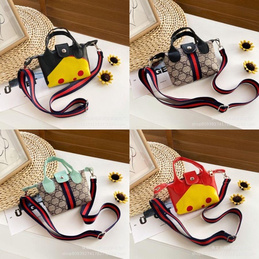 Çocuklar Tasarımcı çanta Püskül Kızlar Mini Çanta Katı Çanta Bebek HandWith Orijinal BoxFashion Omuz Çantaları Çocuk PU Deri Cüzdan W # 818